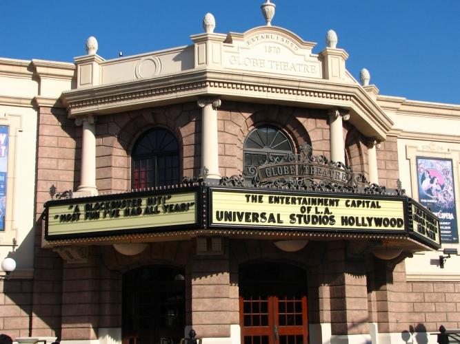 Globe Theatre, Universal Studios.jpg