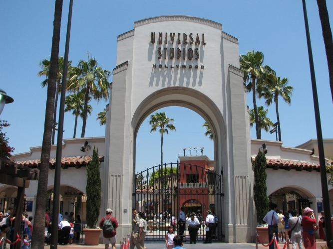 Entrance, Universal Studios.jpg
