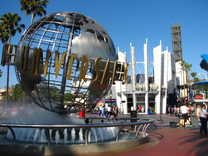 Globe, Universal Studios.jpg